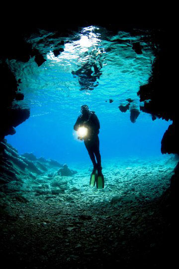 Padi courses in phuket phi phi and krabi dive the world thailand - Where to dive in thailand ...